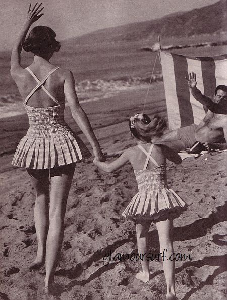 a day at the beach in 1959....love the mother - daughter suits!