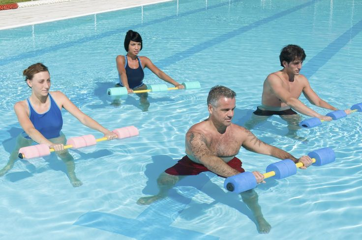 25 best ideas about water aerobic exercises on pinterest Swimming pool exercises to lose weight
