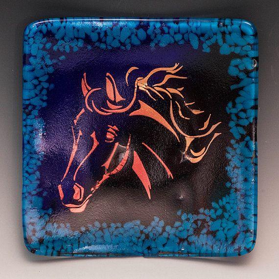 Testa di cavallo in vetro piatto piatto blu di UnicornsCreations