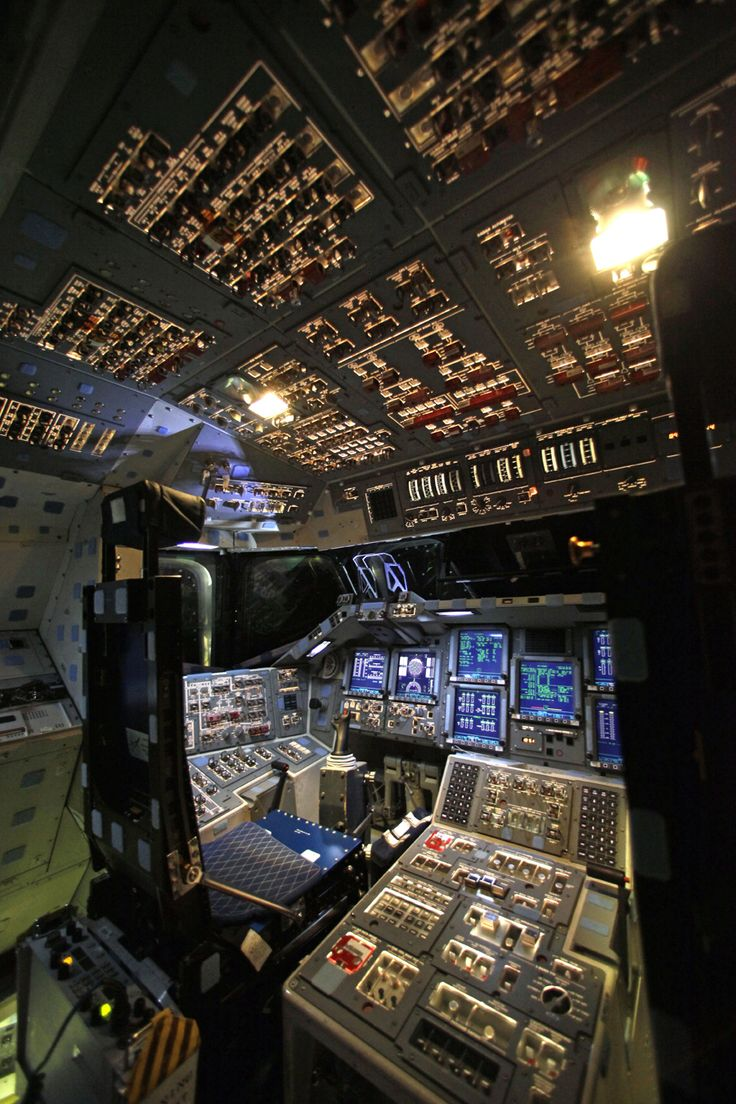One Last Look At The Space Shuttle Endeavour's Cockpit Before It's Shut Down Forever