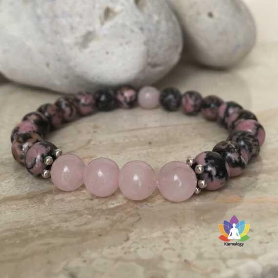 Bracelet en rhodonite et quartz rose. par karmalogystore sur Etsy https://www.etsy.com/fr/listing/256386810/bracelet-en-rhodonite-et-quartz-rose