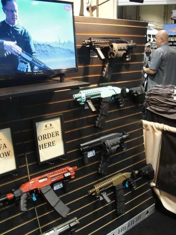 Black Aces Tactical: Super Short Shotgun Looking Thing | Home Defense Shotgun By Gun Carrier at http://guncarrier.com/black-aces-tactical-super-short-shotgun-looking-thing/