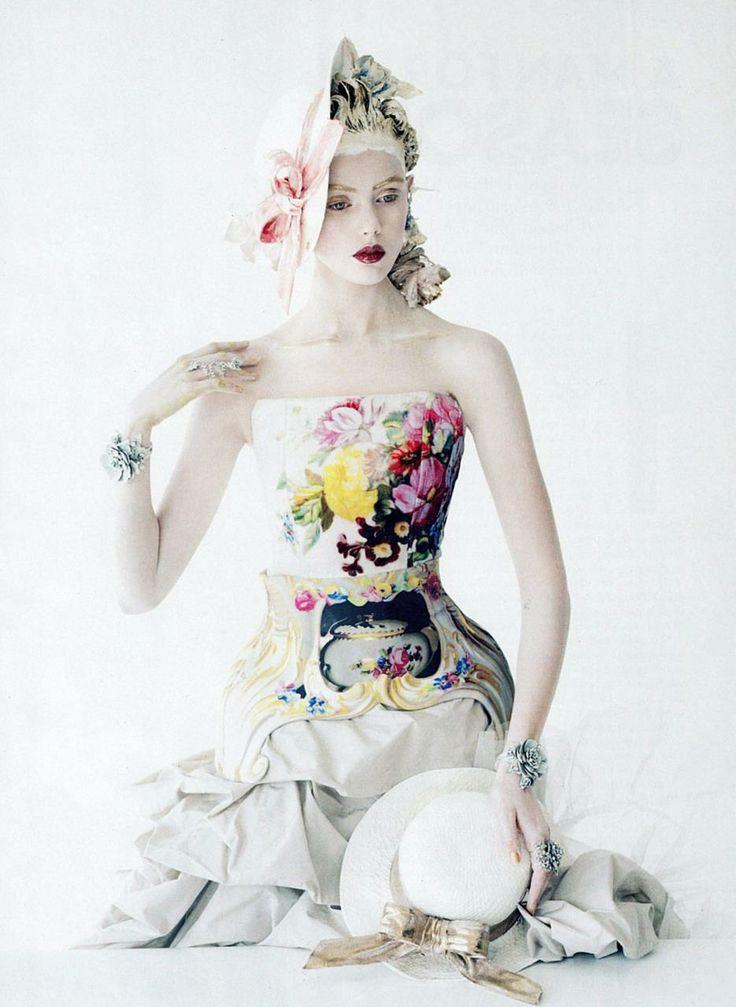 Photographer: Tim Walker. Model: Frida Gustavsson.