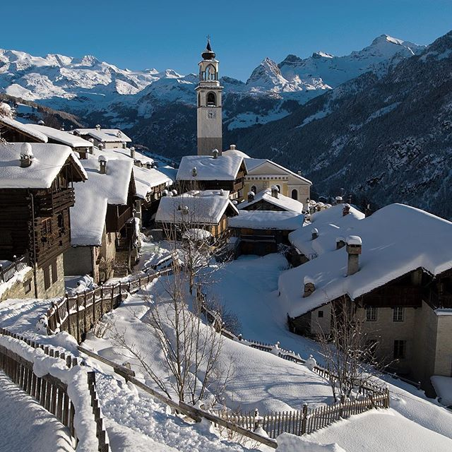 One of Europe's best-kept secrets - The ski resort of Champoluc (Italy). The westernmost valley of the Monterosa ski area -- with 180 kilometers of groomed runs -- Champoluc is only an hour by road from Turin but offers an amiable Italian backwater off the main Aosta Valley. #ski #italy #alps #gothere