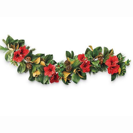Holiday amaryllis garland christmas decorating style for Amaryllis christmas decoration