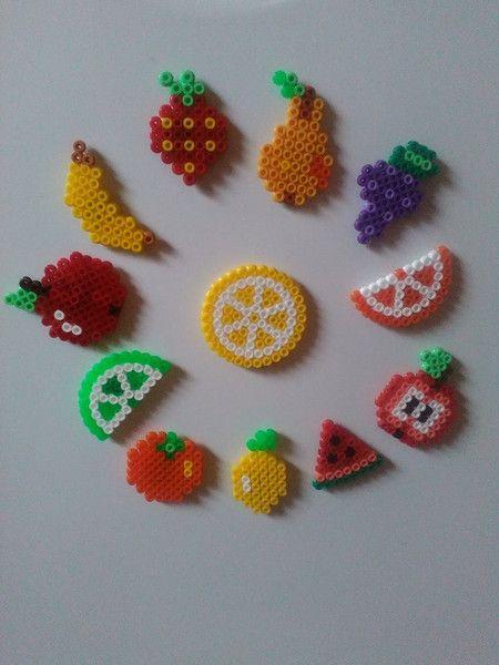Kühlschrankmagnete - 12x Kühlschrankmagnet, Obst, Bügelperlen - ein Designerstück von Astrid-Zauberstuebchen bei DaWanda