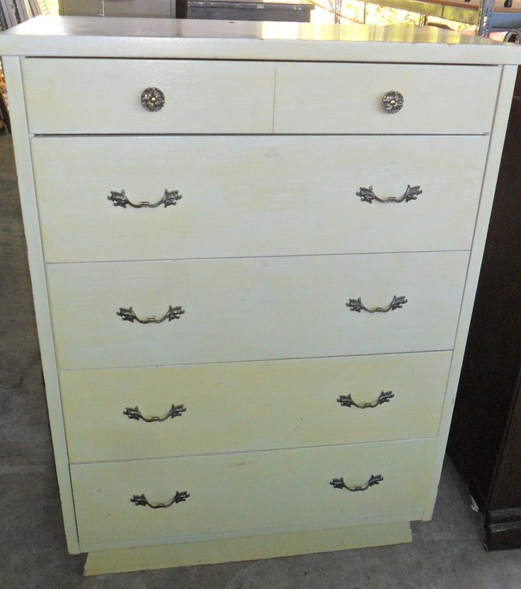 Mid century chest of drawers curiosity shop irving tx for Furniture stores in irving tx