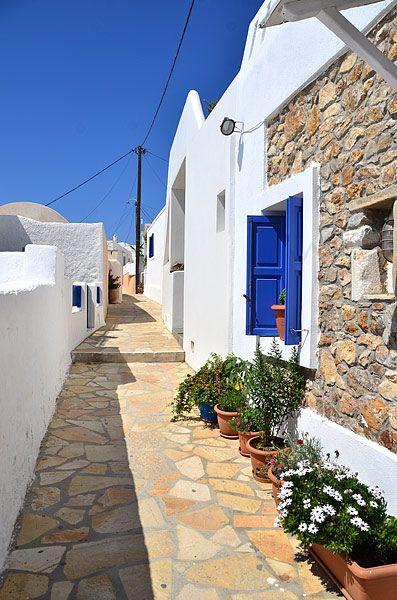 santoriniblog:      Anafi island By greek images