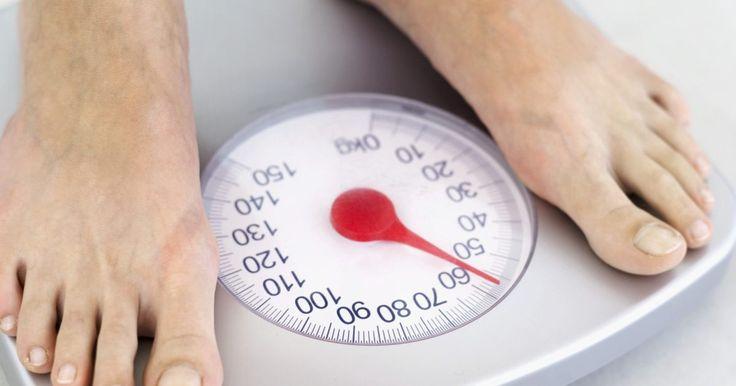 Remedios naturales para acelerar el metabolismo. Puedes hacer dieta, ejercicio y tomar todos los suplementos que desees para perder peso pero si tu metabolismo no funciona perfectamente, no podrás adelgazar tanto como deberías. Afortunadamente, hay varias formas de aumentar naturalmente el metabolismo. Con tanta variedad, no necesitas tomar pastillas sintéticas o suplementos.