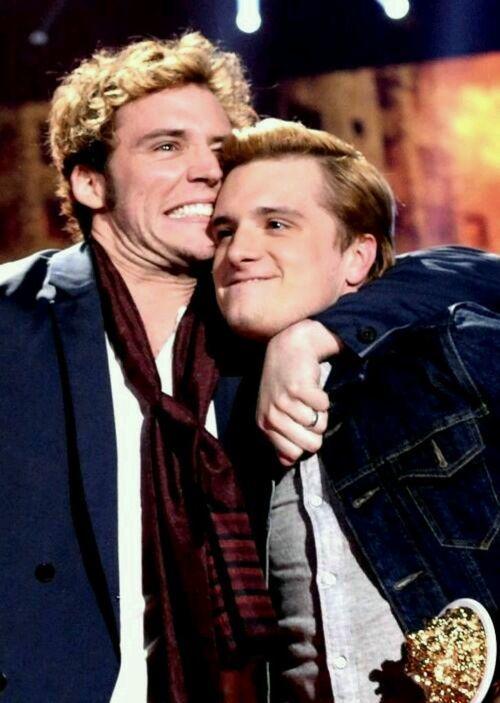 Sam Claflin and Josh Hutcherson at the 2014 MTV Movie Awards
