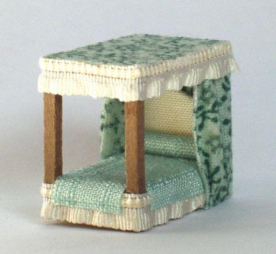 letto a baldacchino in legno e tessuto scala by minifromItaly
