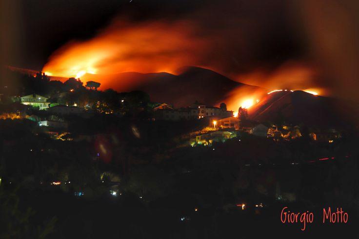 Alpi Apuane, incendio sul monte Prana
