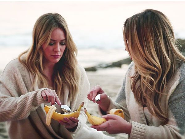 Haylie Duff's fire-roasted banana boats will be the hit of any barbecue. http://greatideas.people.com/2014/04/07/haylie-duff-roasted-banana-boats-recipe/