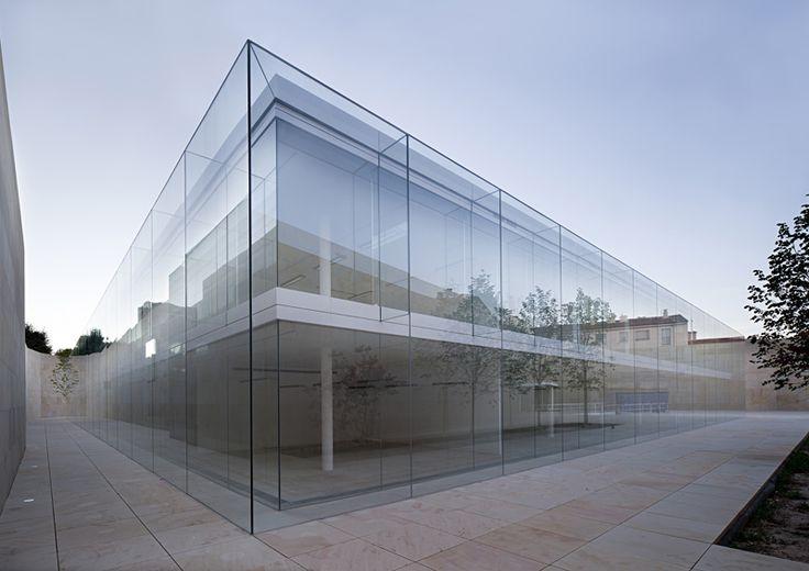 Per raccontarvi il significato dei miei Rose Quartz e Serenity vado a scomodare persino Alberto Campo Baeza, architetto spagnolo e teorico dell'architettura