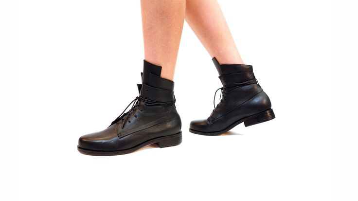 Booker & co  Black Striker Boots