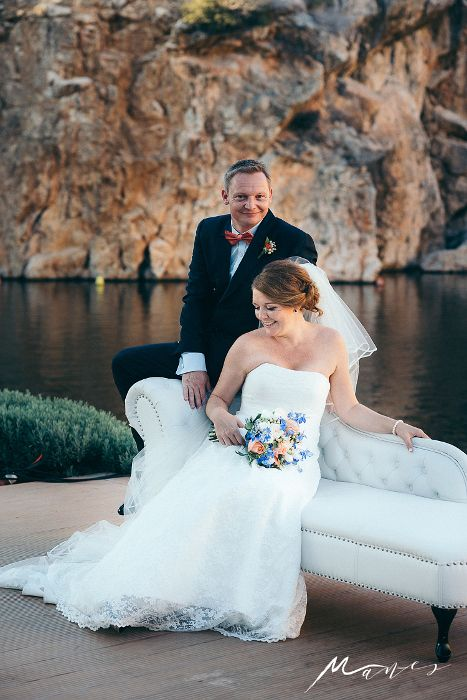 Romantic bridal hair & makeup by Antigoni Livieratou. Photo by @manesphoto Wed.Planning by @eventcompanygr