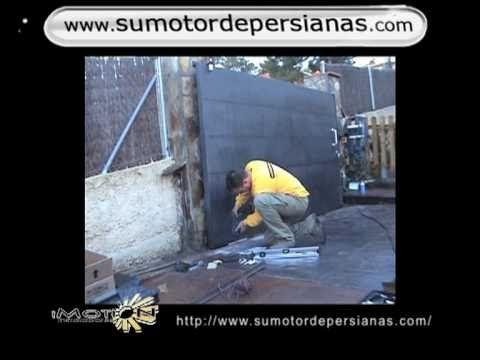Como instalar motor puerta corredera jardin www.sumotordepersianas.com - YouTube