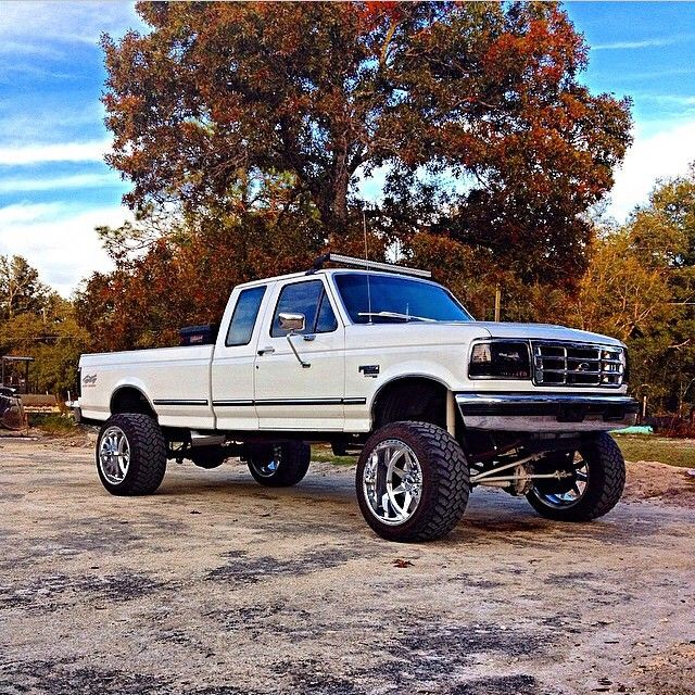 Ford F 350 Xlt 7 3l Power Stroke With L E D Roof Light