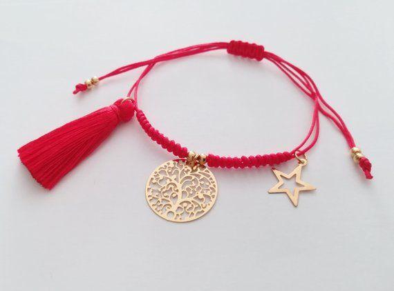 3f05d4dcaeb2 Hermosas y delicadas pulseras, hechas a manos con hilo de algodón y ...