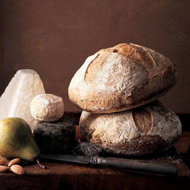 Sourdough Bread with link to starter recipe - I have a mother that should make this........HINT!