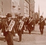 History of St. Patrick's Day Parade, circa 1890s,  interesting that it was started in colonial times