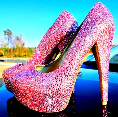Every girl should have these in their closet :)Pink Sparkle, Wedding Shoes, Sparkly Shoes, Glitter Shoes, Pink Heels, Pink Glitter, Pink Shoes, High Heels, Pink Bling