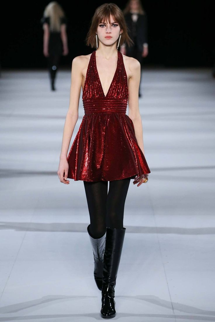 Saint Laurent Fall 2014 Ready-to-Wear Fashion Show - Valery Kaufman (Elite)
