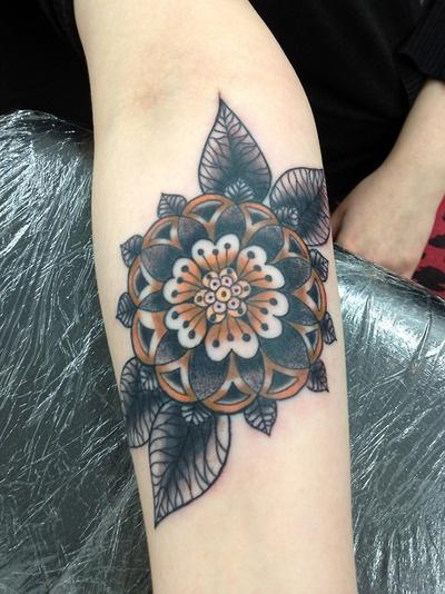 By Aimee Cornwell  Swansea tattoo company, south wales, UK  Instagram Aimeetattoos: Tattoo Ideas, Instagram Aimeetattoo, Mandala Flowers Tattoo, Black Flowers Tattoo, Interesting Tattoo, Colors Schemes, Tattoo Company, Swansea Tattoo, Design Tattoo