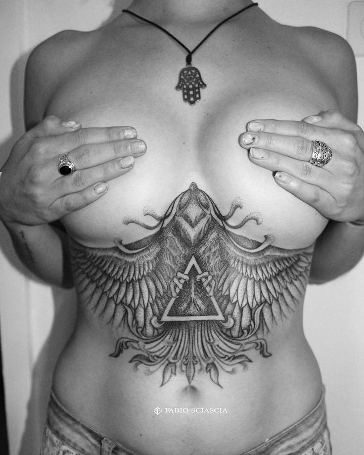 Underboob phoenix.. By @fabio.sciascia.tattoo #underboob #underboobtattoo #phoenix #bird #birdtattoo #dotwork #dotworker #dotworkersubmission #dotworkers #dotworktattoo #triangle #triangletattoo #girlswithtats #tattooedgirls #instatattoos