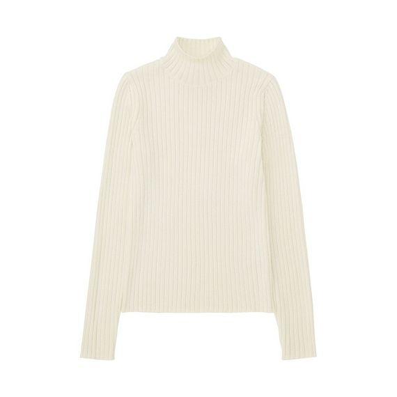 トレンド要素を詰め込んだワイドリブ&モックネックTシャツ!旬スタイルにマストな1枚。<br>・程良いフィット感で美シルエットに見せるワイドリブ。<br>・リブの編み地がくっきり見えるので、無地でも表情豊か。<br>・ちょっと高めの襟で、トレンド感をプラスするモックネック。<br>・ベーシックカラーにシーズンカラーもプラスしたバリエーション。<br>・トレンドコーデには絶対必要なアイテム。
