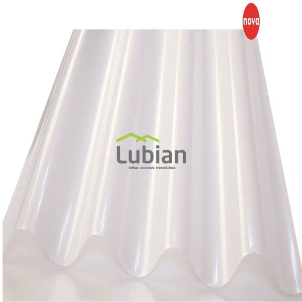Nas fábricas é comum a confecção do telhado com telhas onduladas de fibrocimento podendo ser perfeitamente substituídas por telhas PET translucidas.