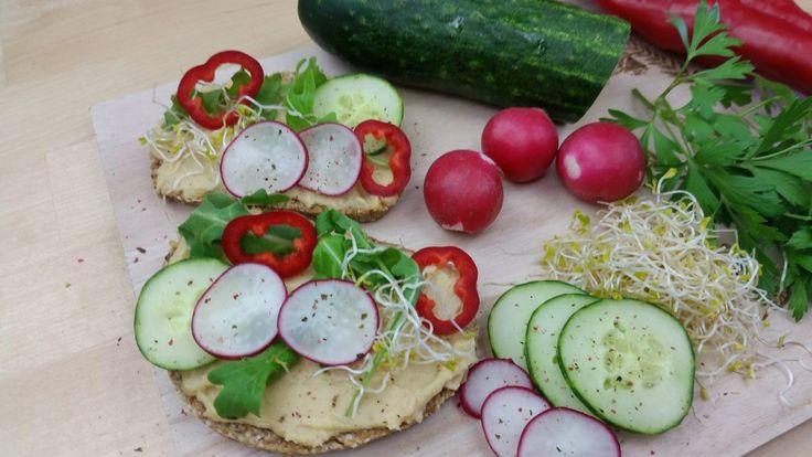 Chleb Migdałowo-Owsiany z Suszonymi Pomidorami – ODMŁADZANIE NA SUROWO