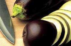 Débarrassez-vous de la graisse abdominale grâce à l'eau d'aubergine !