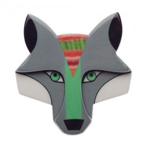 Chanteloup the Chanting wolf (Grey Resin  Brooch)