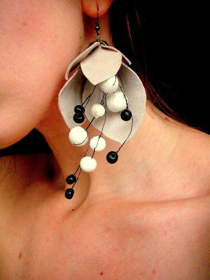 .earings with leather