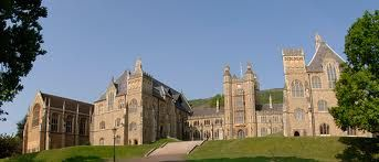 Malvern College in Malvern is one of independent schools in the UK for pupils aged 13-18. http://best-boarding-schools.net/school/malvern-college@-malvern,-uk-121