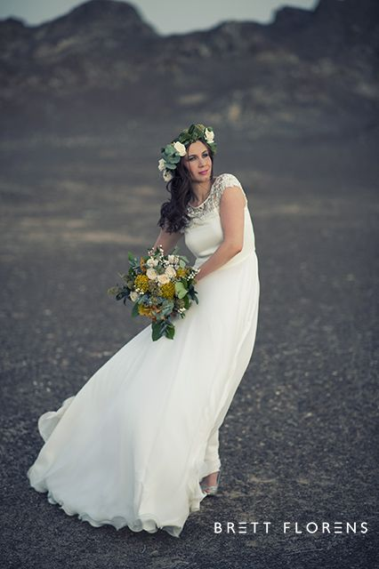 THIS DESERT LIFE | Brett Florens Fashion desert wedding lunar flowers