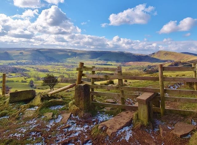 Need Something Pretty In Your Life Today Well Here S A Gorgeous Pic Of The Peak District National P Peak District National Park Peak District National Parks