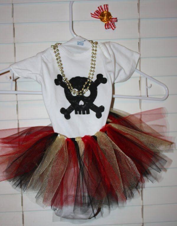 diy pirate costume | Christy: Arrrrr! Pirate Tutu Costume