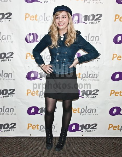 Hailey Knox in Concert at Q102's Performance Theatre in Bala Cynwyd - February 17 2017