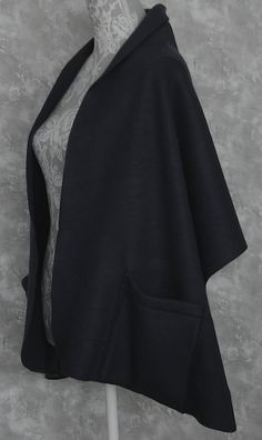 Black Fleece Shoulder Shawl Wrap Onesize 2 by BagsandFleeceByECB