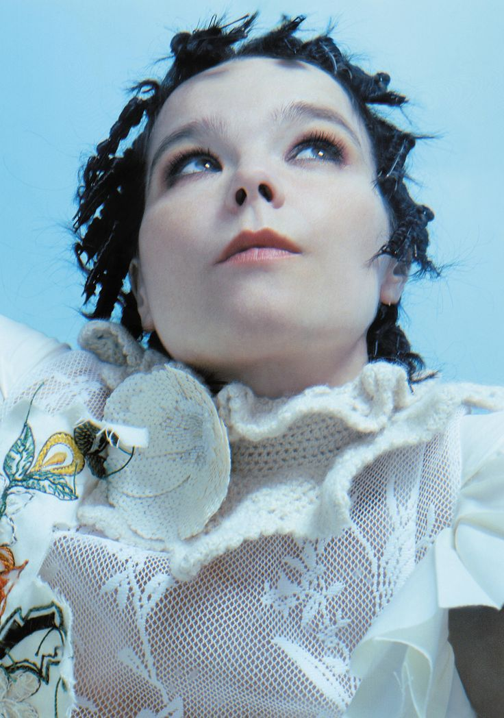 bjork-2002-du-preez-thornton-jones-gh-ft-3-04b.jpg (2106×3000)