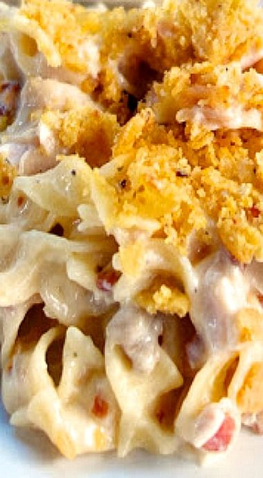 Cracked Out Chicken Noodle Casserole - includes chicken, sour cream, ranch dressing, bacon and crushed Fritos topping. Plan on not having leftovers! ❊
