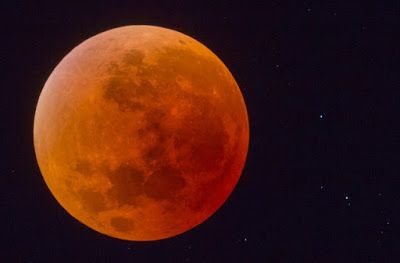 Night Sky Greece: Η Σπάνια Έκλειψη Σούπερ Σελήνης Σε Φωτογραφίες