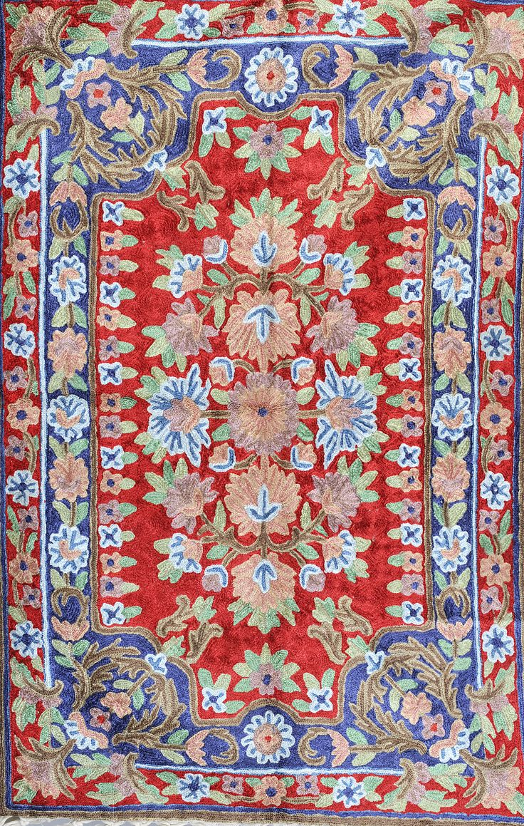 Prayer Rug With Kashmiri Chain Sch Embroidery Rugs Pinterest Canvases And Sches