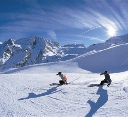 Cortina Resort Guide
