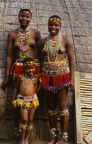 Africa | Zulu Girls in Traditional Dress. KwaZulu Natal, South Africa | © Hoberman Collection