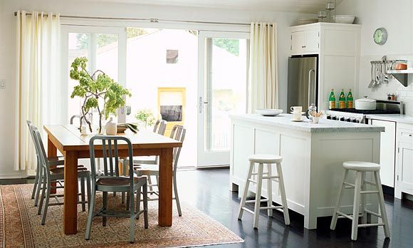 Maximizing light (© Lisa Romerein/Sunset): Cottages Kitchens, Kitchens Design, French Doors, Small Kitchens, Kitchens Ideas, Small Spaces, Cottage Kitchens, Small Houses, Small Homes