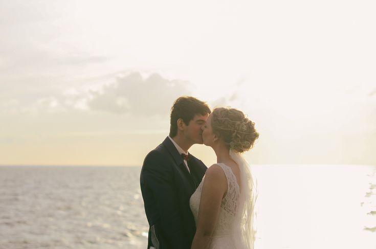 ingephotography.nl // bride, groom, sunset, wedding, sea, harbour, zonsondergang, bruiloft, golden hour, zee, haven, Urk