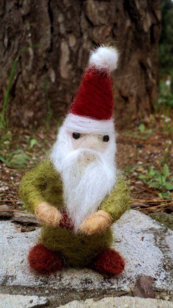 needle felted Santa Claus by Kunuli on Etsy